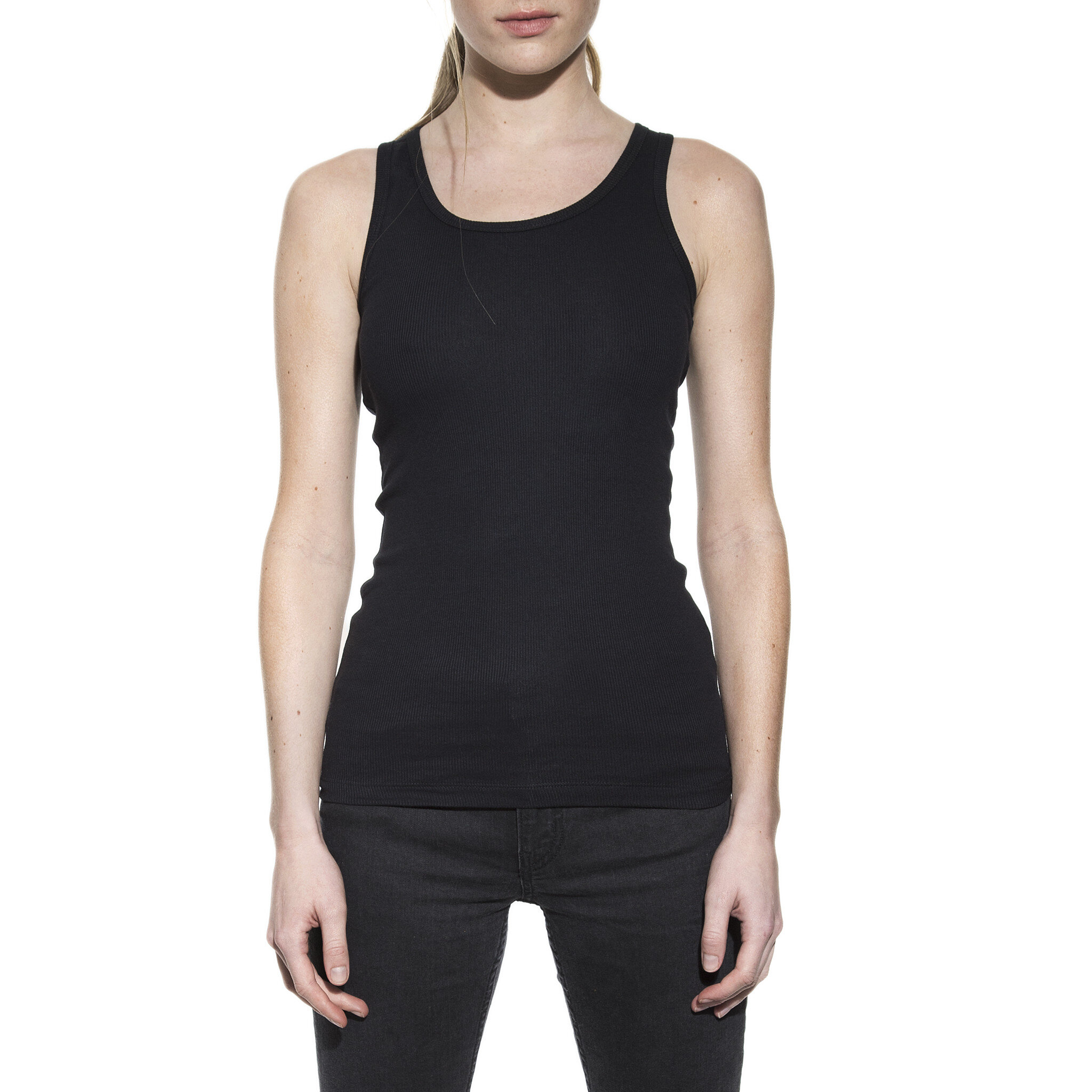 605102_Woman_Tank_ribbed_black_1